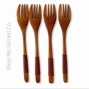 Set of 4 New Wooden Forks